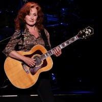Bonnie Raitt performs at the Majestic Theatre.  © Nicole Frugé /San Antonio Express-News