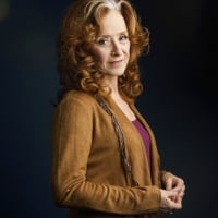 """In this March 7, 2016 photo, singer Bonnie Raitt poses for a portrait in New York to promote her new album, Dig In Deep.""""  © Drew Gurian /Invision/AP"""