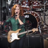 Queen Bee: Bluesy and soulful Bonnie Raitt led a top-notch band in her return to Meijer Gardens - Grand Rapids, MI - August 31, 2016  © Jeff Wilkinson